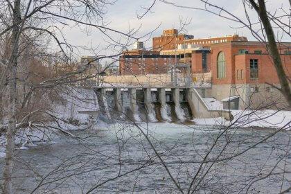 Ville de Magog   Barrage Hydro-Magog