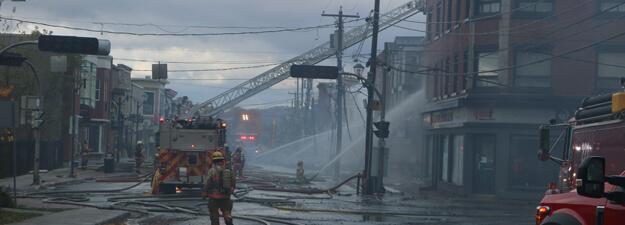 Incendie au centre-ville de Magog